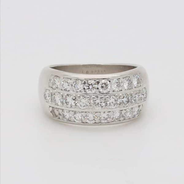 Ladies 18ct Gold Three-row Diamond Ring